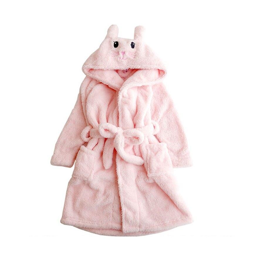 de bebê com um capuz para crianças inverno