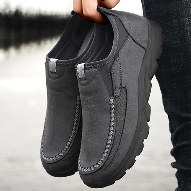 גברים נעליים יומיומיות לנשימה לופרס סניקרס 2021 חדש אופנה נוח שטוח בעבודת יד רטרו פנאי ופרס נעלי גברים נעליים