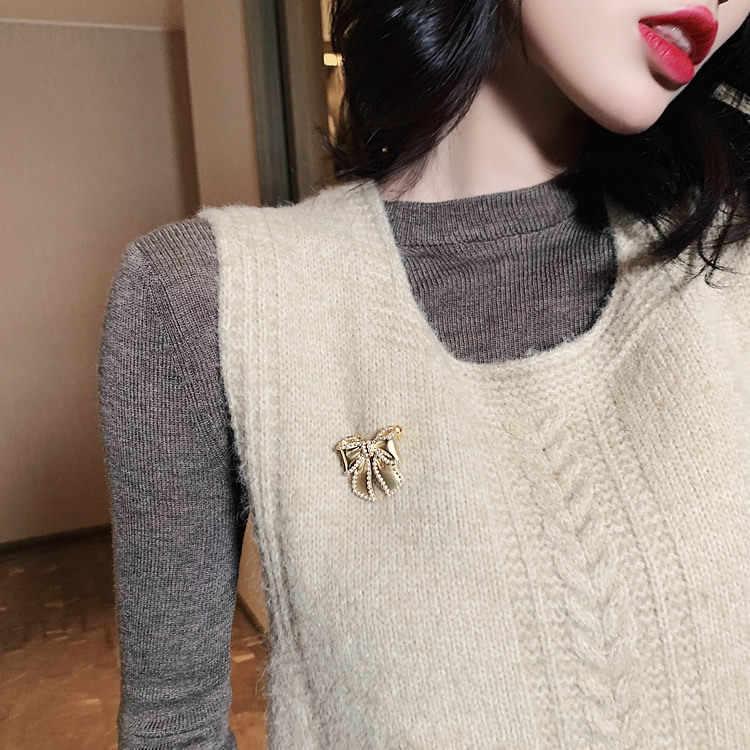 Aomu 2019 coréia moda imitação pérola flor bowknot broche feminino broche de metal pinos festa jóias acessórios presentes