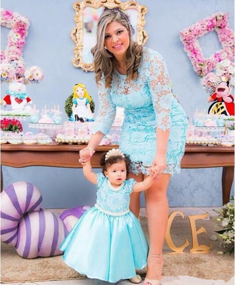New 2020 Mother and Daughter Dresses Jewel Neck Lace Zipper Back Wedding Party Gowns Lovely Princess Birthday Gowns