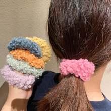 Однотонные пушистые резинки для волос из овечьего меха женщин