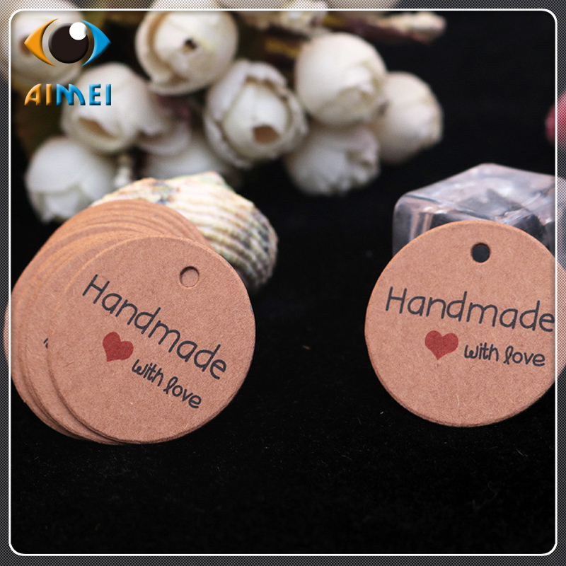 100Pcs/Lot Kraft Paper Hand Made Tags With Love Thank You Round 3.5Cm Gift Tag For Bag Paper Labels Price Lists With Red Heart
