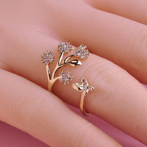 Luxury Crystal Butterfly Tree Leaf Wedding Rings for Women Fashion Engagement Jewelry White Crystal Open Adjustable Finger Ring