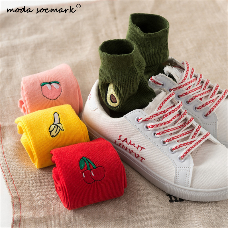 Men Women Fruit Socks Casual Solid Cotton Avocado Peach Banana Cherry Embroidery Patterned Harajuku Socks Female Crew Sock 2019