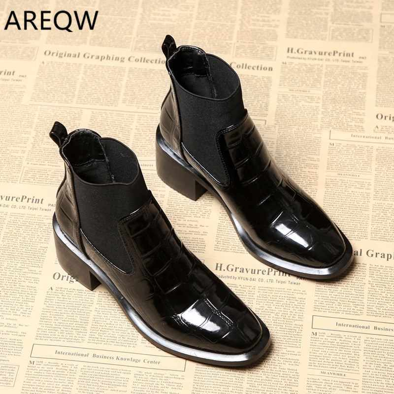 Women's Ankle Boots Martin Boots 2019 Autumn and Winter Casual Shoes Square Head Fashion Sets of Feet with Women's Boots