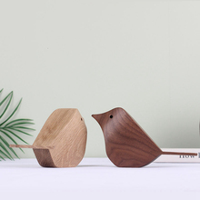 Scandinavian Style Log Carving Animal Wood Bird Decoration Creative Solid Home Exhibition Hall Soft