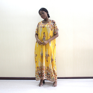 Image 5 - 2019 Newest Arrivals Fashion African Dashiki Gold Pure Cotton Flower Print Plus Size Casual Women Dress With Scarf