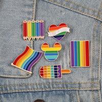 عالية الجودة فخر قوس قزح أعلام بروش intersexالمينا دبابيس لطيف القلب مثلي الجنس دبابيس شارة الدينيم الستر مجوهرات للأطفال النساء