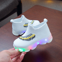 Children Shoes LED Light Up Shoes Glowing Sneakers Luminous Sole Sneakers Kids Boy Girl Comfortable Breathable sports Shoes #M(China)