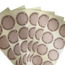 цена на 100pcs/lot Merry Christmas Round Snowflakes Kraft Paper Sealing Christmas Day Decorative Sticker Craft Scrapbooking Material