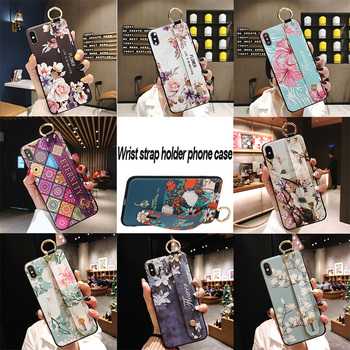 Wrist Strap Soft TPU Cases For iPhone 11 pro max 6s 7 8 Plus X XR Xs SE 2020 Vintage Lattice Flower Pattern Phone Holder Cover 2