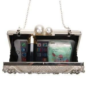 Image 4 - מישמש כסף קריסטל מצמד שקיות בעבודת יד חרוזים פנינה חתונת מצמד ארנק יוקרה תיקי נשים כתף שקיות ZD1361