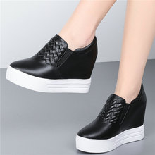 Fashion Sneakers Women Genuine Leather Wedges High Heel Vulcanized Shoes Female Round Toe Platform Pumps Shoes Punk Creepers outdoor creepers women cow leather wedges high heel party pumps punk goth tennis shoes round toe platform oxfords trainers shoes