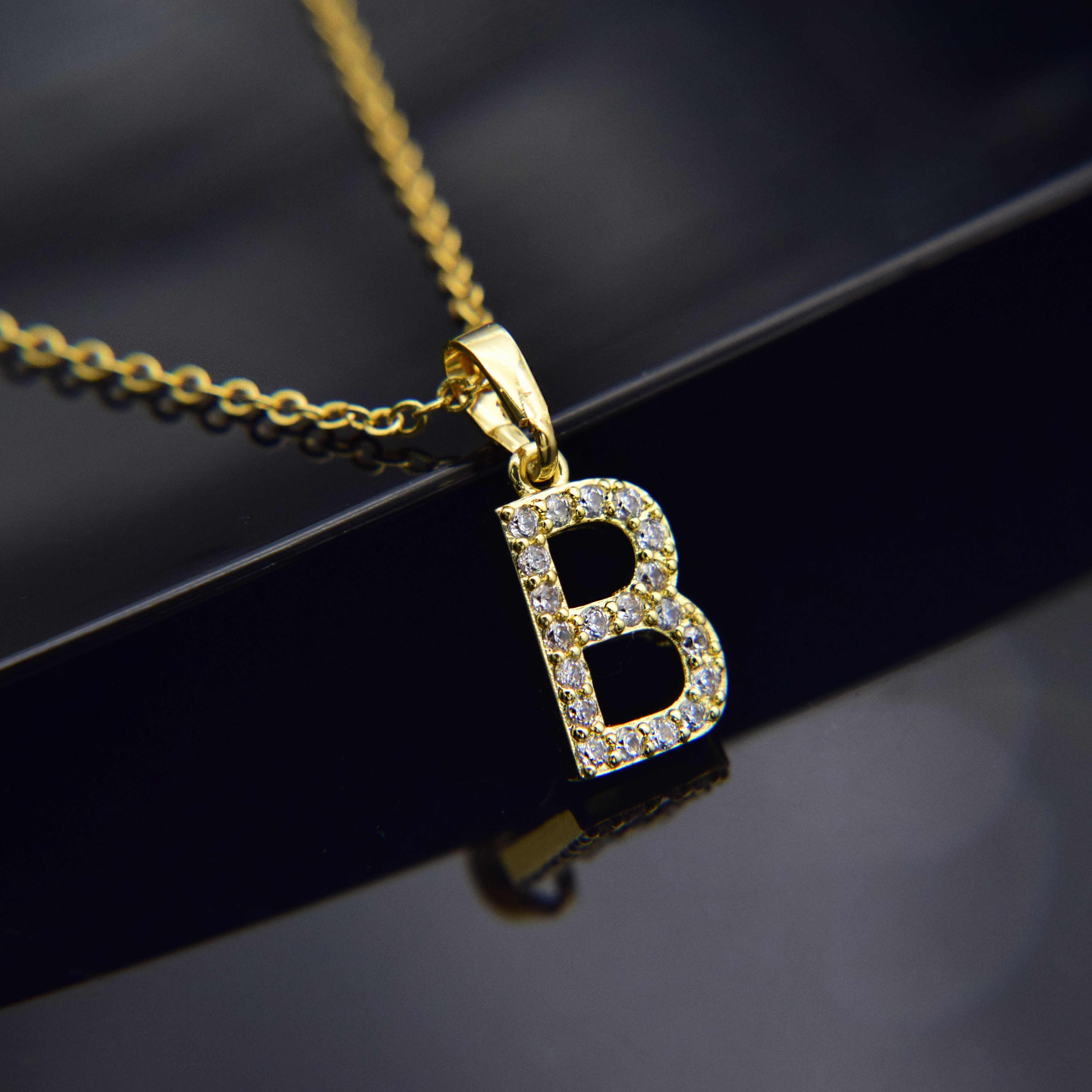 Cubic Zircon Alphabet Pendants Gold Silver Color Copper Mini A-Z Letter Pendant Necklace Shinning 26 Initial Collares Jewelry