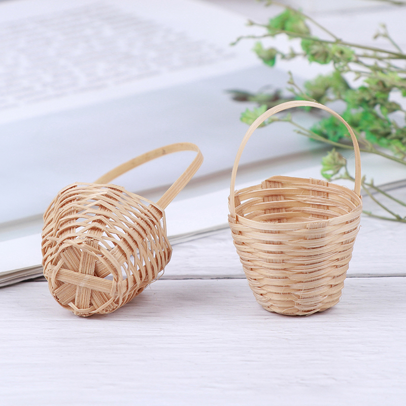 2019 New 1/12 Dollhouse Miniature Accessories Mini Bamboo Basket Simulation Food Basket Model Toys For Doll House Decoration
