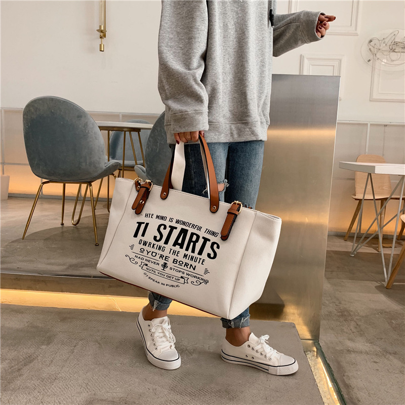 2020 New Woman Tote Bag Fashion Letter Big Capality Canvas Bag Casual Shoulder Messenger Bags Unisex Patchwork Shopping Bag