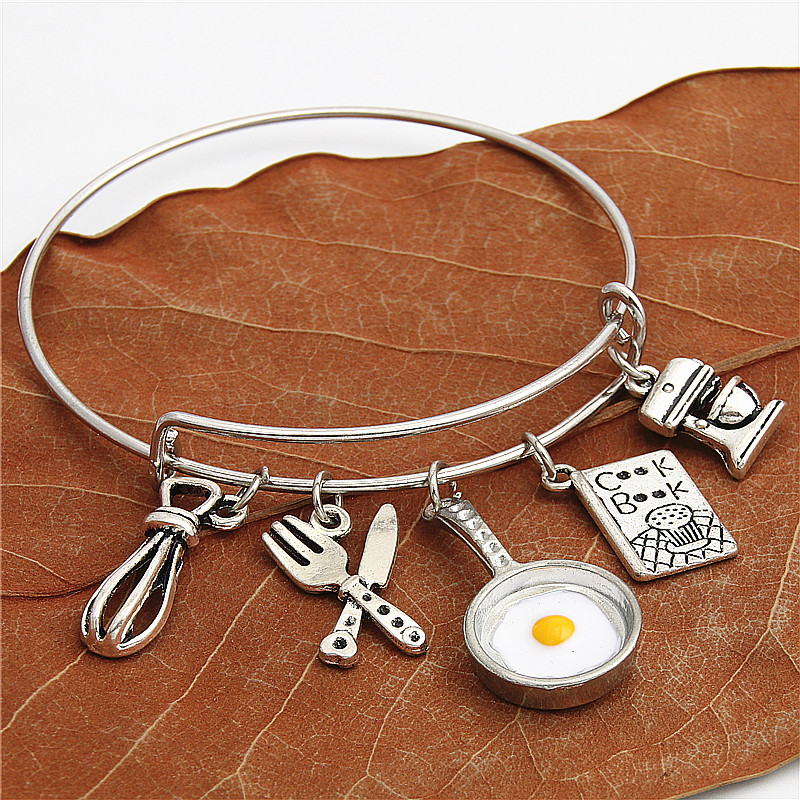 1Pc Cooking Book Chef <font><b>Bracelet</b></font> Utensil Baking Egg Beater Frying Egg <font><b>Pan</b></font> Bangle For Women Handcraft Jewelry E2127 image