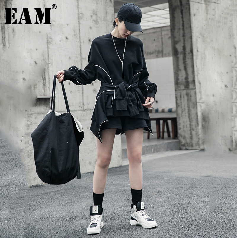 [EAM] Wide Leg shorts Three Piece Suit New Round Neck Long Sleeve Black Loose Fit Women Fashion Tide Spring Autumn 2020 1R596