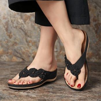 2020 damskie sandały na koturnach uroczy kwiat sandały buty damskie plażowe klapki damskie damskie sandały damskie Lady Casual slajdy tanie i dobre opinie Litthing Med (3 cm-5 cm) 3-5 cm Pasuje prawda na wymiar weź swój normalny rozmiar 101400 FLIP FLOPS Płytkie Kwiatowy