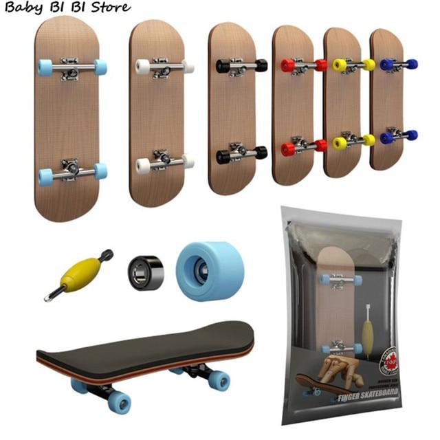 1Set Finger SkateBoard Wooden Fingerboard Toy Professional Stents Fingers Skate Set Novelty Children Christmas Gift 1