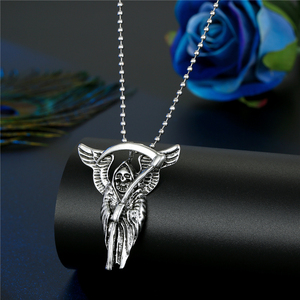 Image 4 - Hiphop Rock Animal Skeleton Skull Spider Fish Bone Necklaces Pendant For Men Women Personality Beads Sweater Chains Jewelry N95