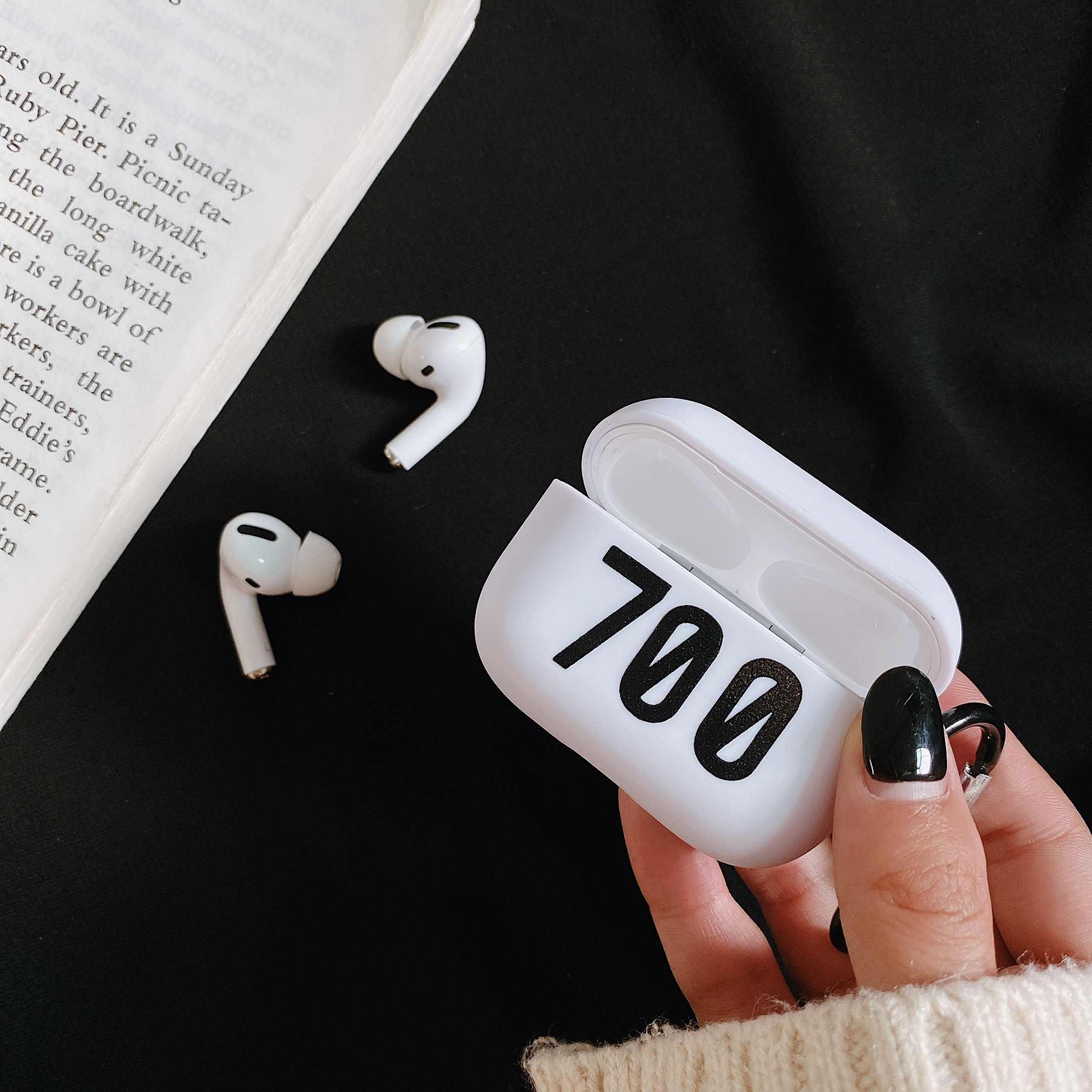 Năm 350 Tăng Cường V2 700 Kanye Hộp Đựng Giày Dẻo Silicone Dành Cho Apple AirPods Tai Pro 3 Bluetooth Không Dây Bảo Vệ Tai Nghe Chụp Tai Bao móc Khóa