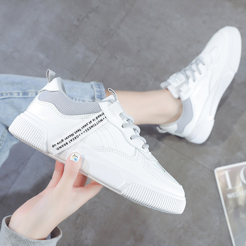 SWQZVT Summer Autumn Sneakers Women Breathable Flat Lace-up Women Vulcanize Shoes White Walking Leather Female Casual Shoes 2020 (25)