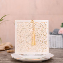 50pcs White Laser Cut Wedding Invitations Card Square Flower Greeting Cards Customize with Tassel Party Favor Decoration