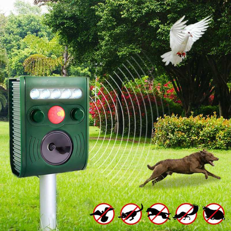 Garden Smart Ultrasonic PIR Motion Sensor Solar Animal Dispeller Strong IP44 Flashlight Dog Repeller For Outdoor Night Lights