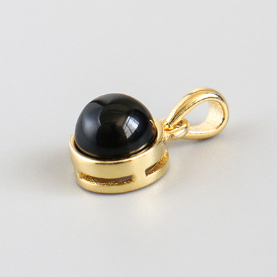 34.Black agate