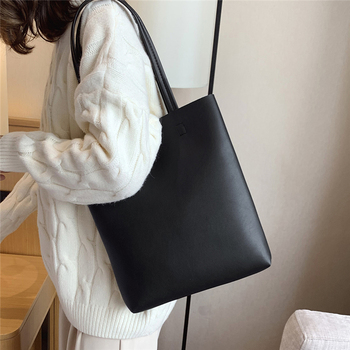 Handbag women 2019 new bag leather shoulder large capacity high quality portable tote