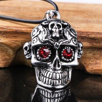 Collier crâne rouge cristal  1