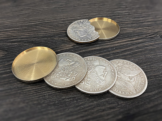 moedas + 1 cabeça escudo + 1