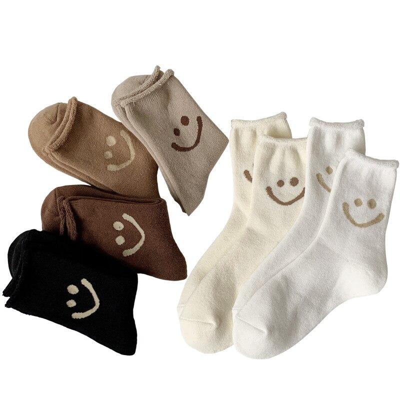 Зимние теплые термоноски, женские модные шерстяные носки со смайликом, пушистые кашемировые хлопковые белые черные носки для сна, новинка ...