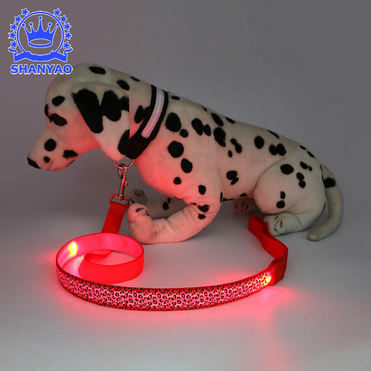 LED Shining Hand Holding Rope Dog Shining Traction Belt Pet Supplies Sling Dog Traction Rope 2-Piece