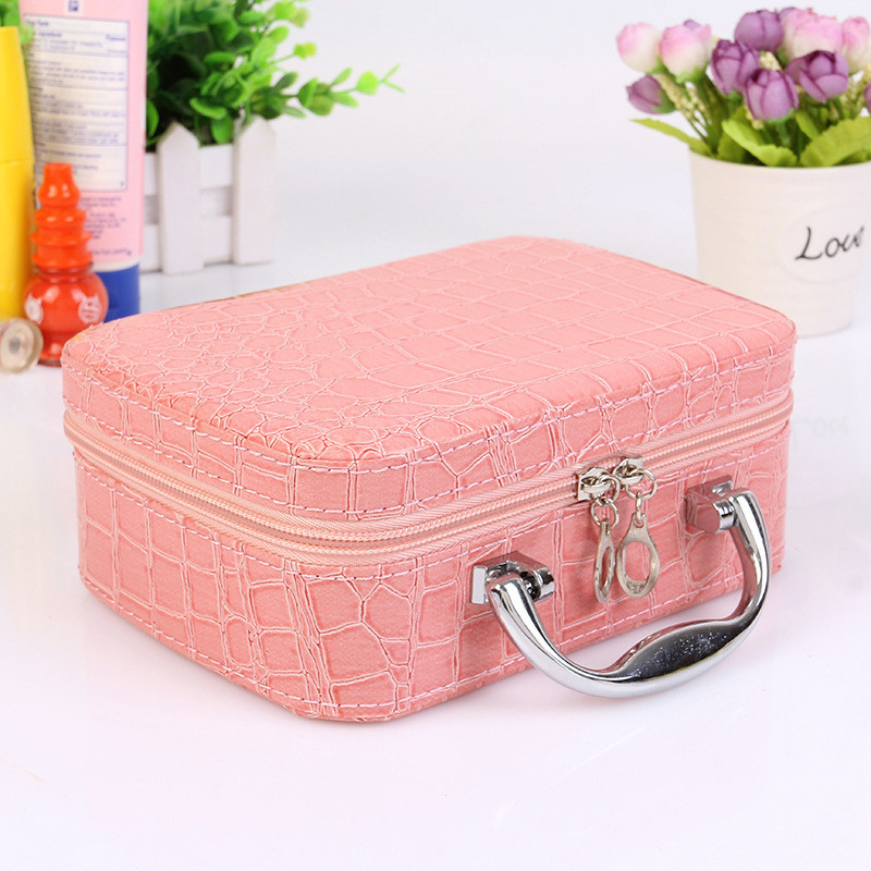 2019 Professional Toiletry Bag Cosmetic Bag Organizer Women Travel Make Up Cases Big Capacity Cosmetics Suitcases For Makeup