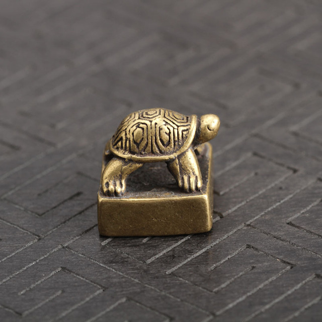 Solid Pure Brass Small Turtle Seal Statue Chinese Feng Shui Lucky Home Decorations Ornaments Lovable Animal Figurines Desk Decor 1