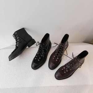 Image 4 - Krazing pot yeni hakiki deri lace up avrupa muhtasar kariyer olgun nötr tasarım perçinler yuvarlak ayak med topuklar yarım çizmeler L18