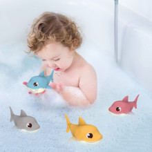 Children's Beach Toys Bath Toys Shark Type Wind-up Swimming Tail Wagging Rotating Device Baby Toys Игрушки Для Детей QW