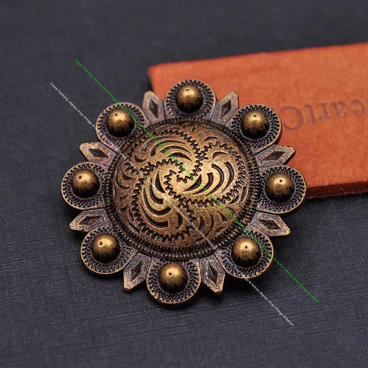 WESTERN HORSE HEADSTALL SADDLE TACK 2 inch ANTIQUE GOLD BERRY CONCHO screw back