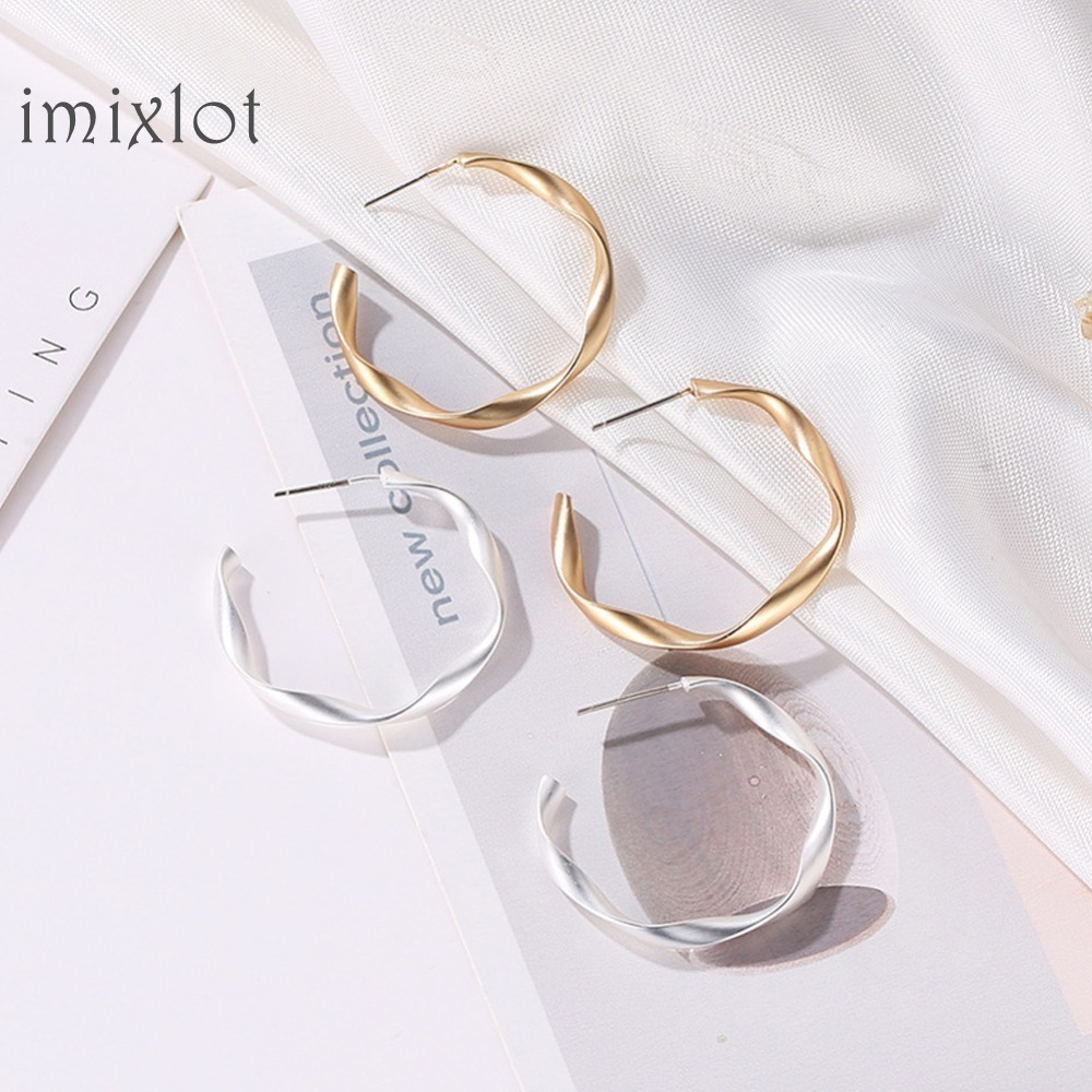 Matte Gold Open Twisted Hoop Earrings For Women Geometric Circle Hoops Minimalist Metal Small Earrings