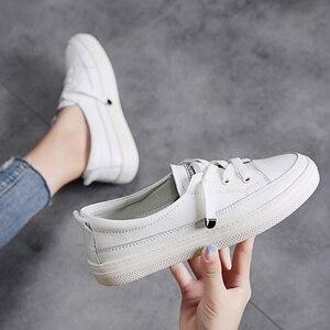 Image 3 - STQ Outono Mulheres Apartamentos Sapatilhas Sapatos Das Senhoras Lace up Sapatos Casuais PU Sapatos de Couro Mulheres Sapatos Casuais Sapatos Brancos Tênis 768