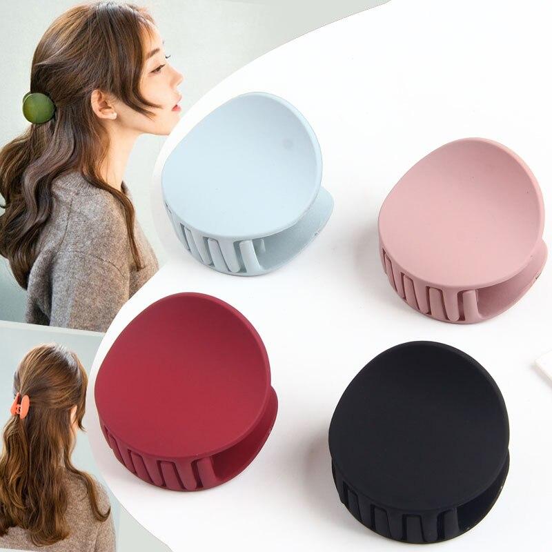 2020 New Arrival Korean Fashion Design Women Hair Claw Solid Color Hair Crab Retro Square Scrub Hair Clips Hair Accessories