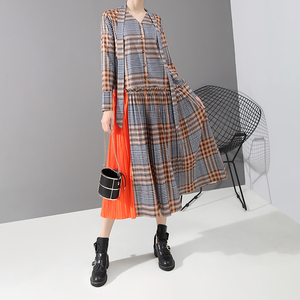 Image 2 - New 2019 Korean Style Women Orange Plaid Long Dress With Tape V Neck Pleated Ladies Stylish Elegant Fashion Dress vestido 5516