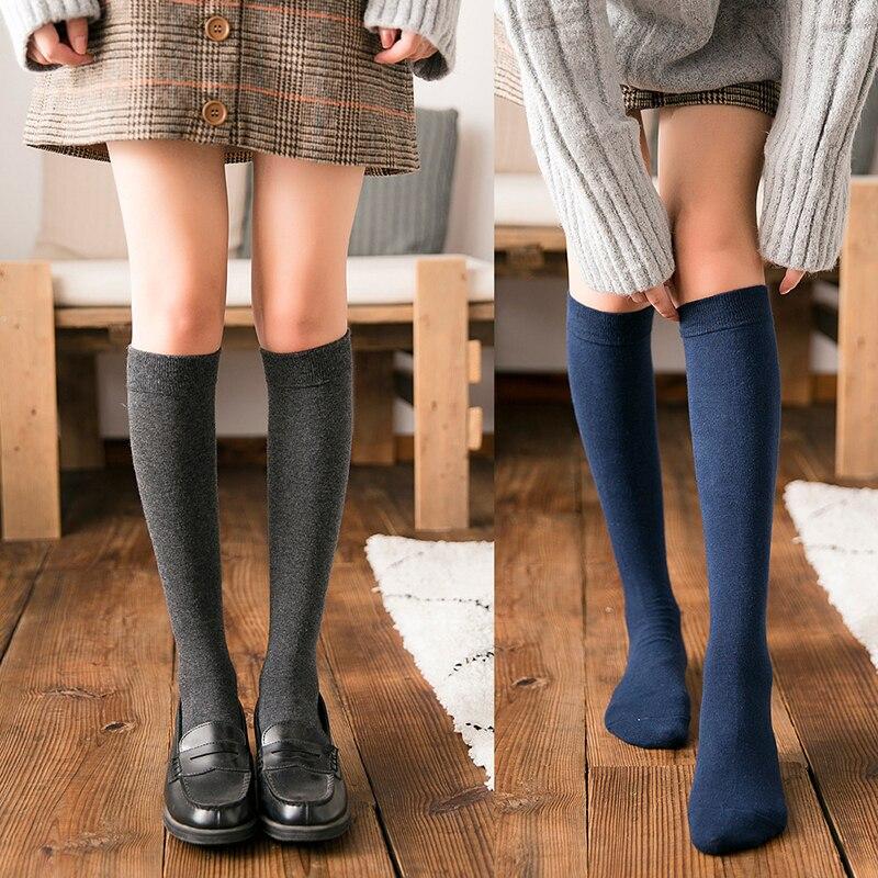Düz renk kadın çorapları sonbahar kış kız öğrenciler sıcak uzun pamuklu çorap diz üzerinde çorap nefes yüksek çorap 2021
