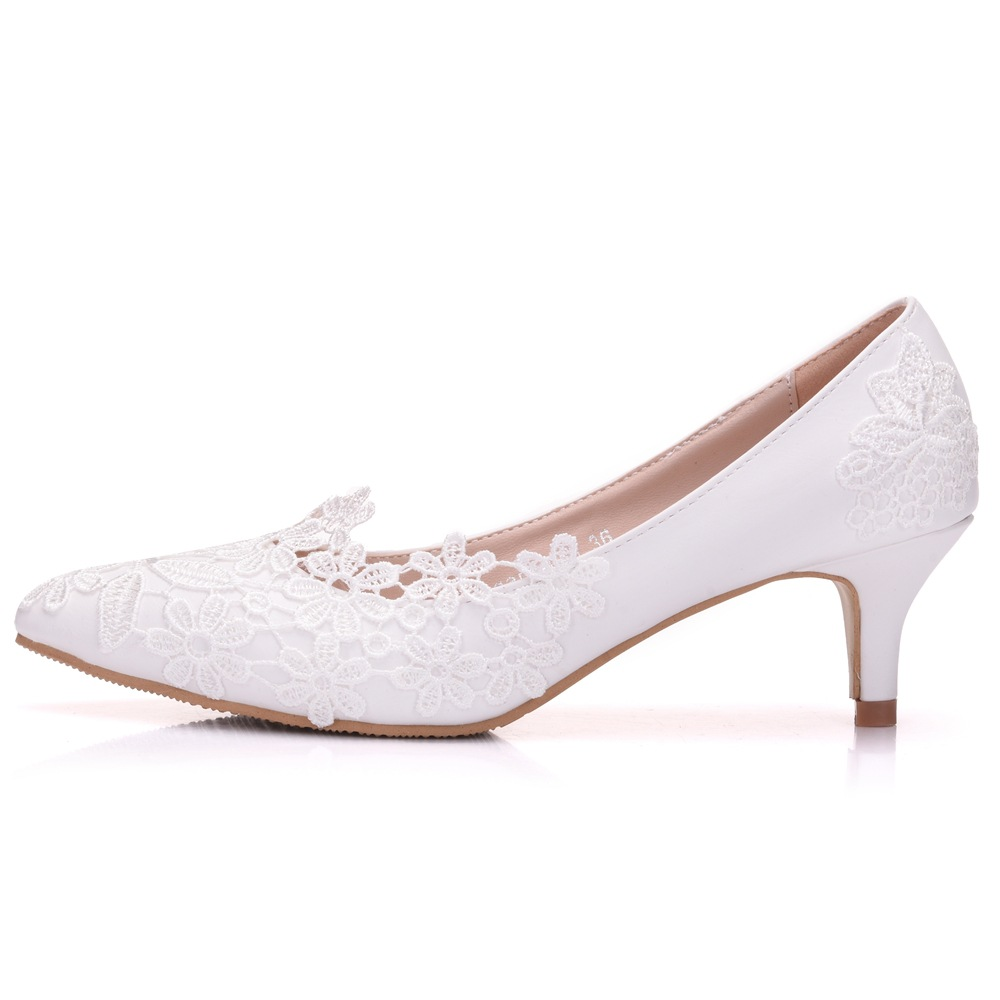 Elegant Simple Lace Flowers Bridesmaid Single Shoes White 5 Cm High Heels Bride Wedding Shoes Sweet Adult Ceremony Womens Shoes