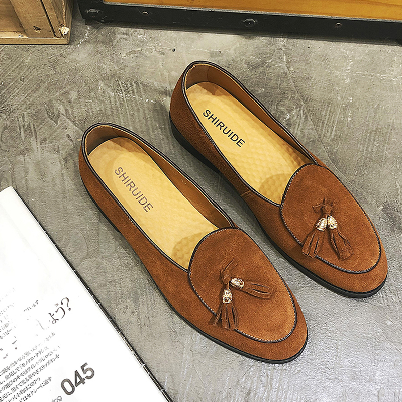 Image 3 - 2019 New Style Italian Luxury Brand Tassel Man Leather Loafer Leather Casual Flats Round Toe Comfortable Office Men Dress Shoes-in Men's Casual Shoes from Shoes