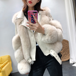 Image 2 - 새로운 도착 여자의 패션 모피 코트 진짜 전체 펠트 폭스 모피 겉옷 정품 양피 가죽 자켓 s7650
