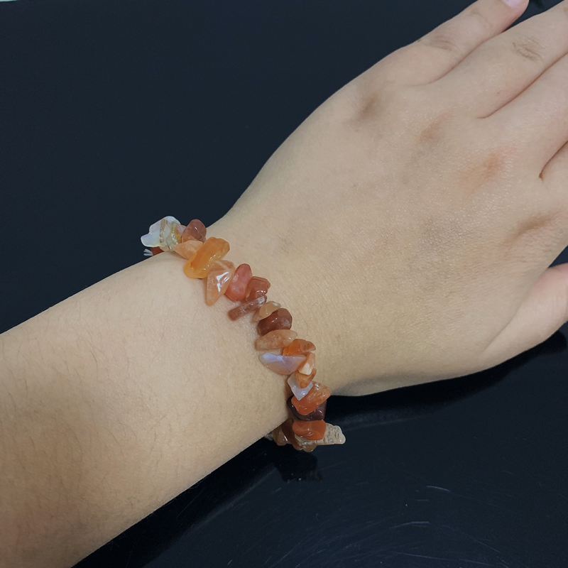 Reiki Healing Raw Mineral Stone Red Agates Bracelets for Women Natural Carnelian Chips Beads Quartz Bracelets Meditation Jewelry