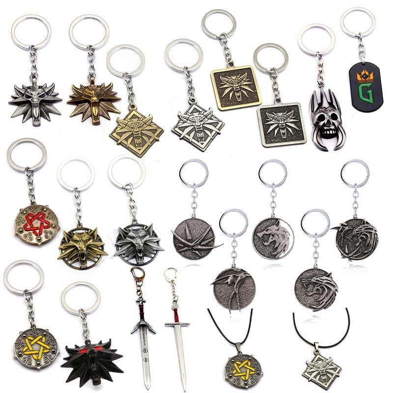 Hot Game Wild Hunt Keychain Wolf Head Logo Alloy Pendant Geralt Vintage Key Chains Bag Car Key Holder Men Jewelry Gifts llaveros